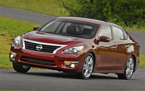 2014 nissan altima sunroof 2014 nissan altima overview cargurus