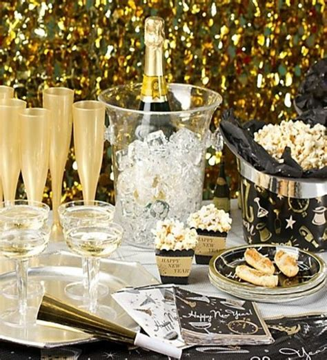 30 sparkling new year s eve diy party decorations