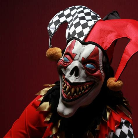 44 Best Scary Clowns Images by Best 25 Clown Mask Ideas On