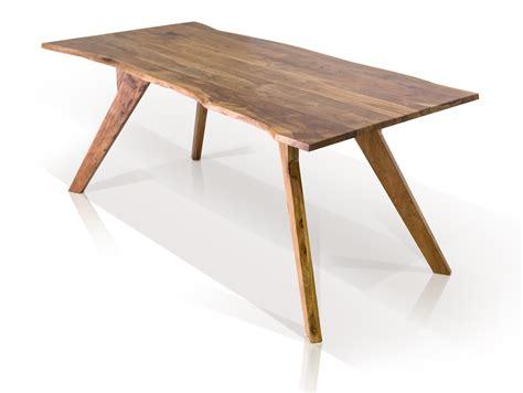 Tische Aus Gemachtem Holz by Gera Ii Esstisch Mit Baumkante Tisch Massivholztisch Holz