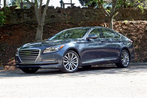 2015 hyundai genesis 2015 hyundai genesis driven review top speed