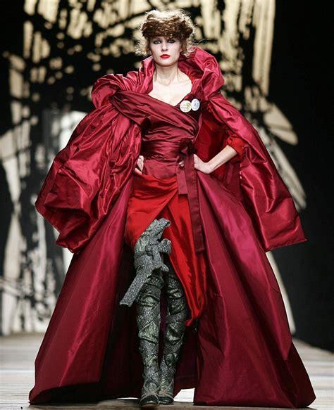 Fashion Find Purple Accessory For Fall 2006 by Vivienne Westwood Violeta Purple
