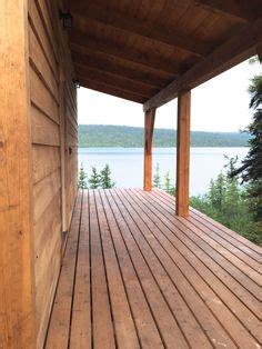 glasveranda bauen 252 berdachte veranda holz schaukel vordachbau zuk 252 nftige