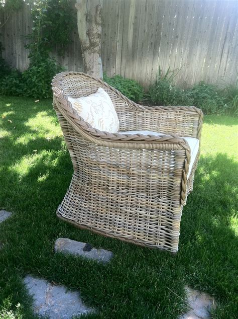 25 best ideas about wicker chairs on wicker painting wicker furniture and