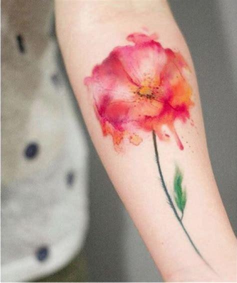 tatuaggi fiori senza contorno tatuaggi piccoli maori scritte le nuove tendenze 2016