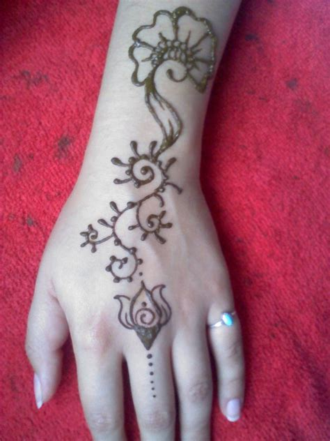 henna tattoo training henna arm flower design by kermitfruits on deviantart