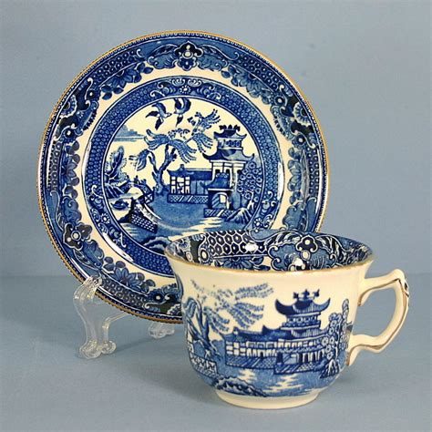 willow pattern with gold trim burgess leigh blue willow gold trim flat cup saucer set