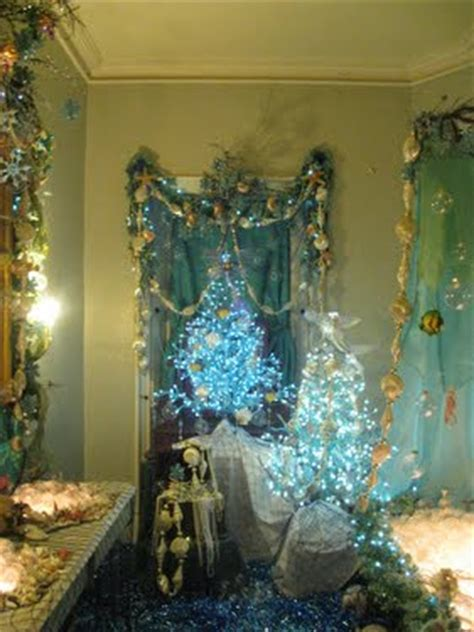 domythic bliss stepping back to christmas