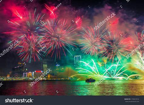 lunar new year in hong kong hong kong china feb 02 2014 lunar new year fireworks
