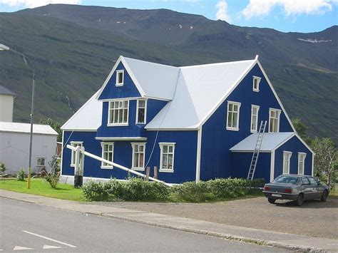blue and white house blue house white trim house pinterest