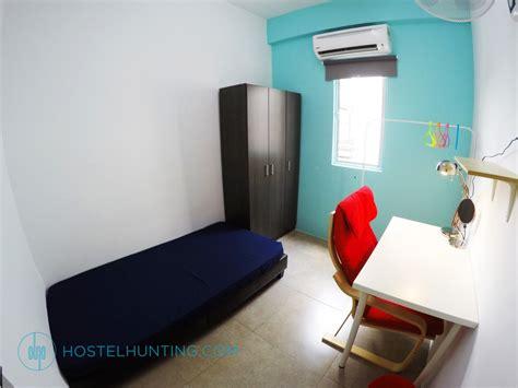 subang jaya room for rent subang room for rent deluxe single bedroom 303 selangor room for rent hostelhunting