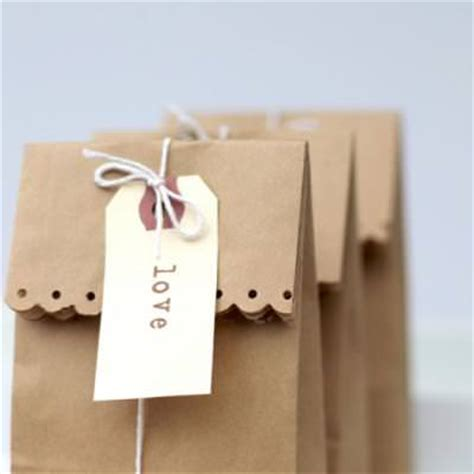 simple paper bag pattern simple kraft treat bag easy paper craft tip junkie