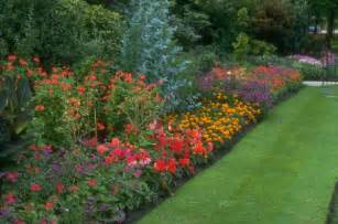 Perennial Flower Garden Layout Blogs Me Landscaping Ideas Backyard Trains Hobby