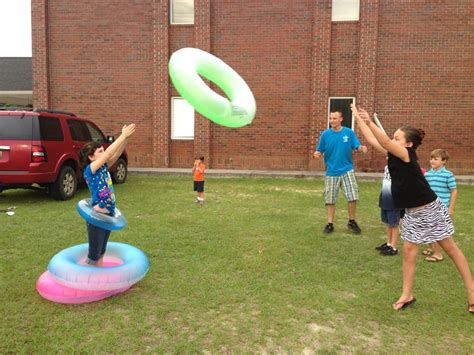 7 Great Outdoor Date Ideas For The Summer by Best 25 Vbs Outdoor Ideas On