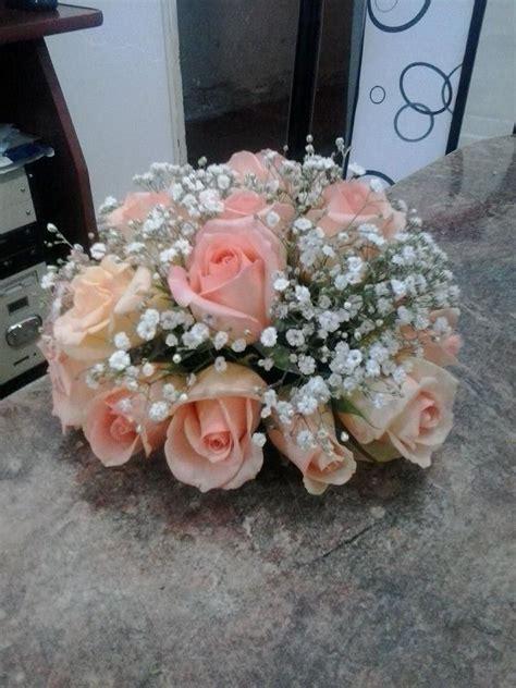 como hacer un arreglo de esferas de flores m 225 s de 25 ideas incre 237 bles sobre centros de flores