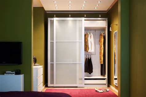 Closet Solutions Ikea Rangement Walk In Garde Robe Unit 233 Murale Armoire