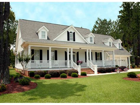 Farmhouse Plans With Front Porch by Southern Style House Plan 3 Beds 3 5 Baths 2568 Sq Ft