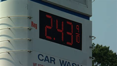minnesota gas prices gas prices on the rise as labor day travelers hit the road