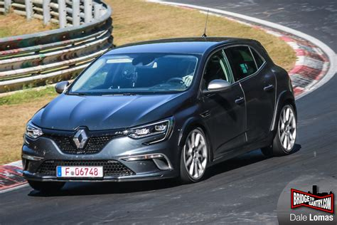new renault megane new 2018 renault megane rs flying on nurburgring spyshots