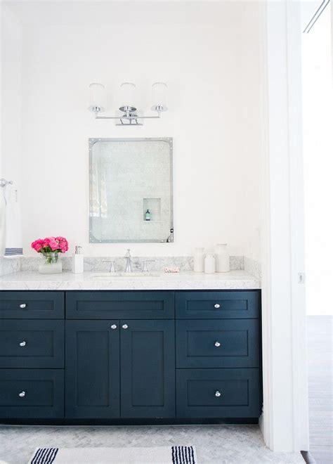 Best 25 blue vanity ideas on pinterest blue bathroom vanity master bath and bathroom vanity