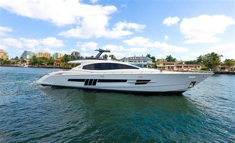 yacht boat lazzara 2012 lazzara lsx 92 power boat for sale www yachtworld
