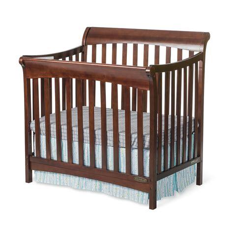 Ashton mini 4 in1 convertible crib child craft