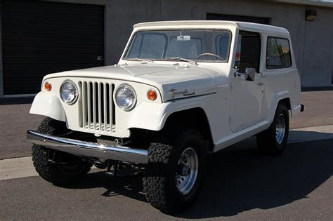 1969 JEEP JEEPSTER COMMANDO SUV   176969