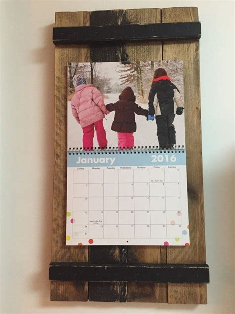 Calendar Holder For Wall 25 Best Ideas About Picture Frame Calendar On