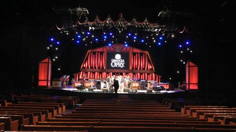 grand ole opry house big daddy dave the grand ole opry nashville tennessee