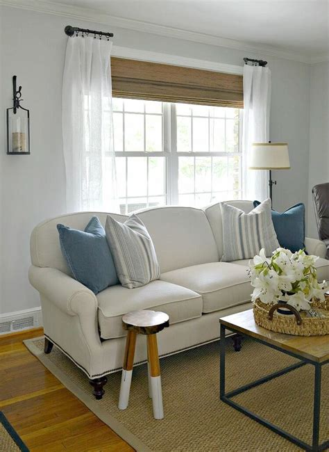 living room curtain rods best 25 pipe curtain rods ideas on pinterest industrial