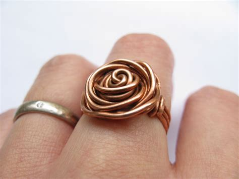 How To Make Handmade Rings With Wire - 22 patterns for wire wrapped rings with diy tutorials
