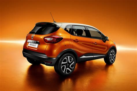 captur renault renault captur crossover photos revealed autotribute