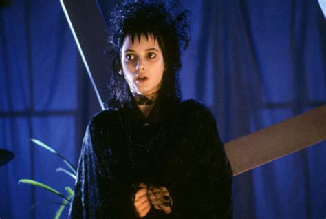 lydia deetz hairstyle lydia deetz character style inspiration