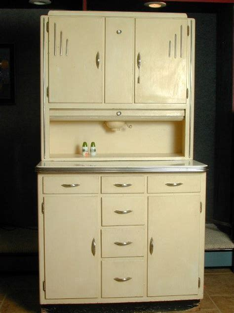 1930 kitchen cabinets 25 best ideas about 1930s kitchen on pinterest vintage