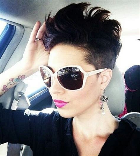 Mohawk Hk03 Slipcase 14 Color 14 best cheveux court images on hair styles and pixie haircuts