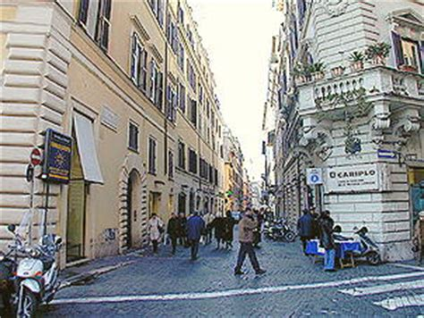 via delle carrozze roma rome steps via della croce