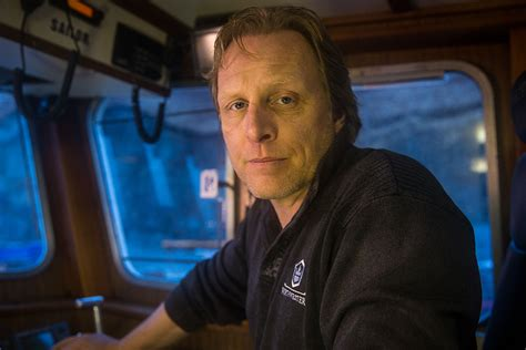 deadliest catch 2017 sig hansen arrested after altercation with uber driver