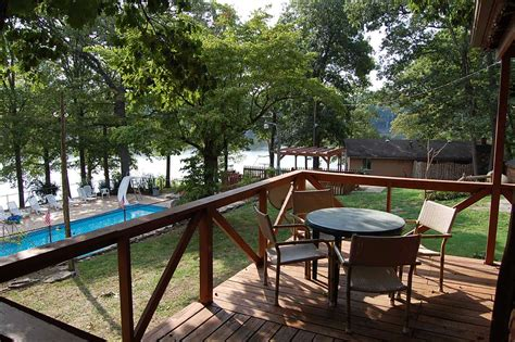 chalets on table rock lake vrbo table rock lake cabins with boat dock brokeasshome com
