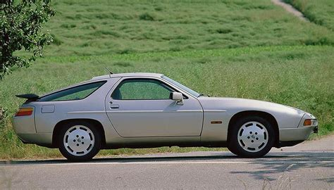 electric and cars manual 1987 porsche 928 electronic valve timing 1987 1991 porsche 928 s4 specifications classic and performance car