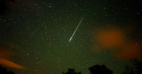 meteor shower will be visible above dublin