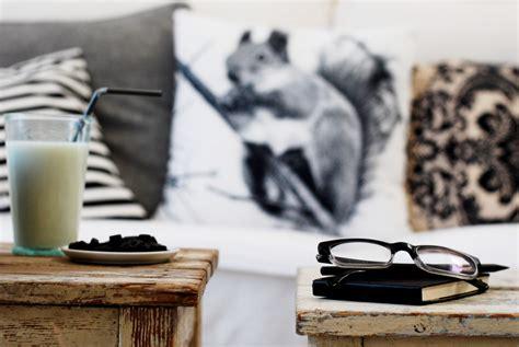 schwarz weiß deko wohnwand farbe