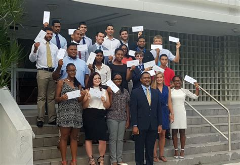 Simmons College Mba Grants by 234 250 In Scholarships Awarded By Belco Bernews
