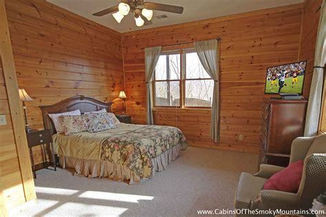 5 bedroom cabins in pigeon forge pigeon forge cabin smoky mountain view 5 bedroom