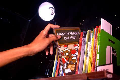 Buku Portofolio Anak vanio jank jank jasa layout majalah dan buku