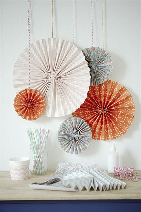 Paper Craft Pictures - how to make a pinwheel country living magazine uk