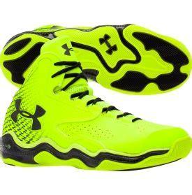 lime green armour basketball shoes armour men s clutchfit lightning basketball shoe