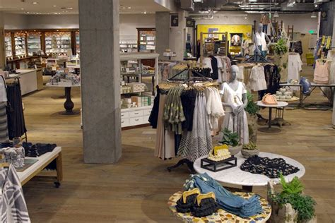 stores like anthropologie home urban outfitters inc aims to supersize anthropologie