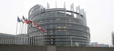 la sede parlamento europeo m 225 s de 10 millones de euros por cada pleno parlamento