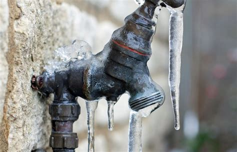 how to prevent and thaw frozen pipes epic response
