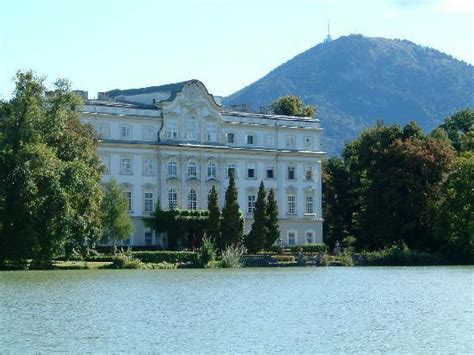 sound of music house salzburg rear of the von trapp house picture of panorama tours original sound of music tour